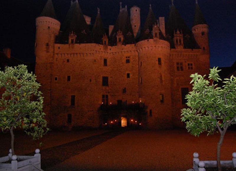 https://www.minicampingcard.de/friksbeheer/wp-content/uploads/2014/06/chateau-de-Jumilhac-270x200.jpg