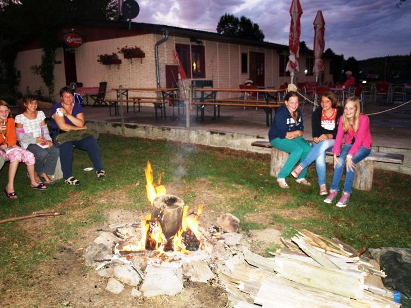 https://www.minicampingcard.de/friksbeheer/wp-content/uploads/2014/07/2013-kampvuur-270x200.png
