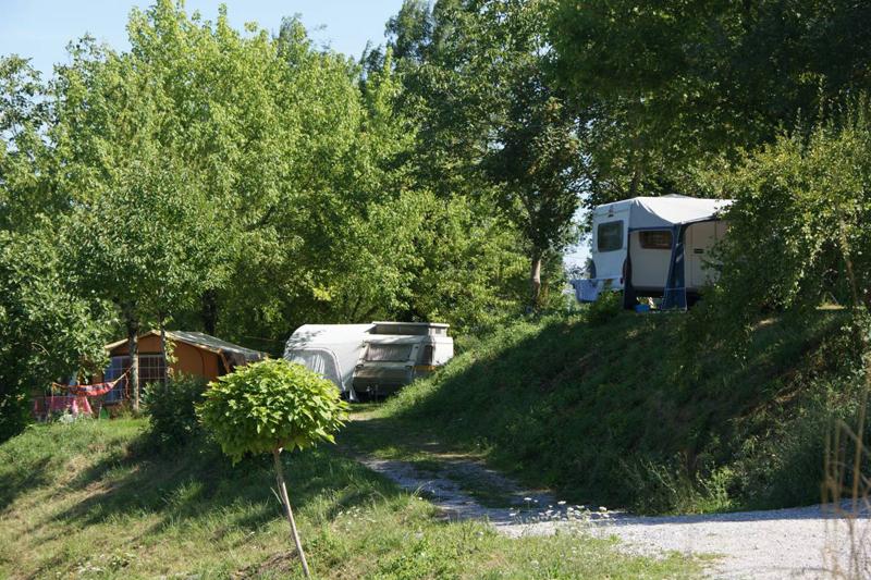 https://www.minicampingcard.de/friksbeheer/wp-content/uploads/2015/11/Camping-website1-270x200.jpg